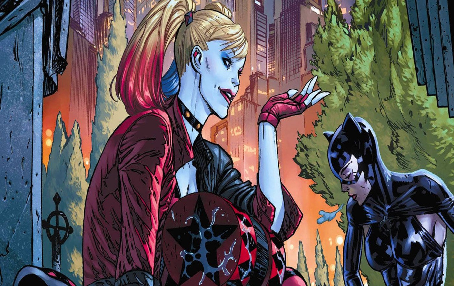 Харли Квинн и Женщина-кошка спасают бэтмена