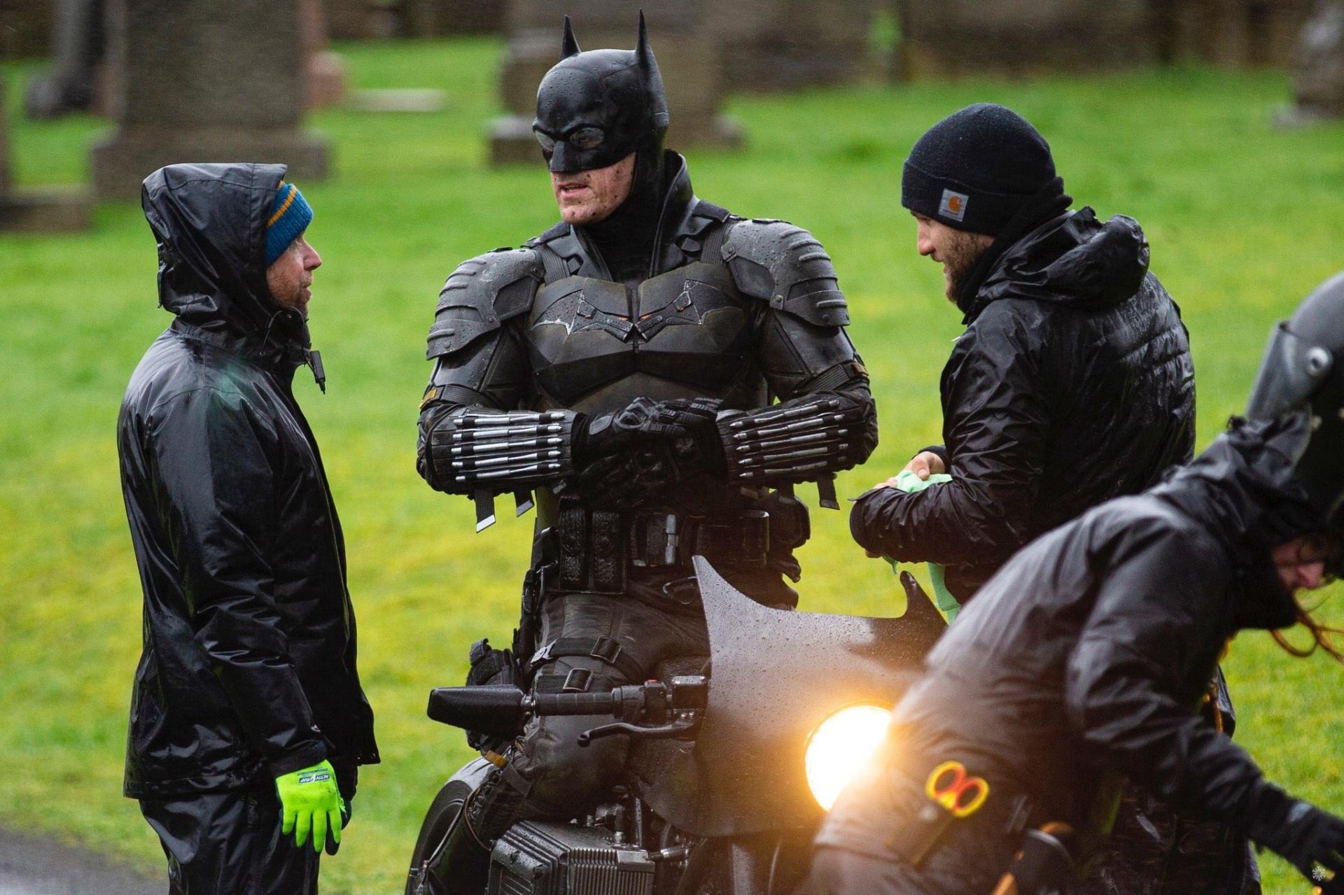 фото со съемок нового Бэтмена