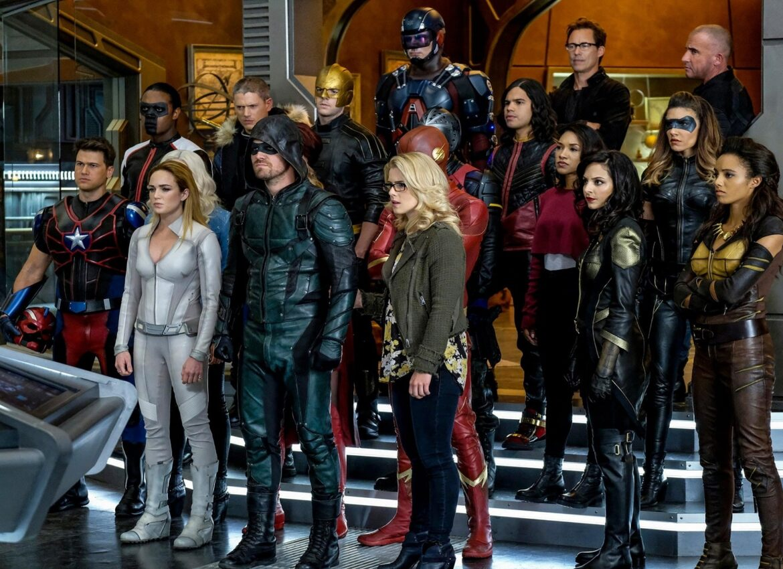 Все сериалы Вселенной Стрелы перенесены на 2021 год