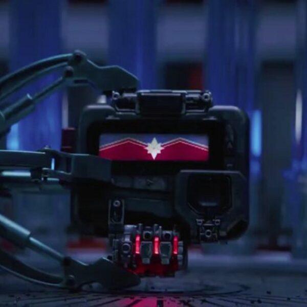 Смотреть онлайн сцену после титров Капитан Марвел 2019