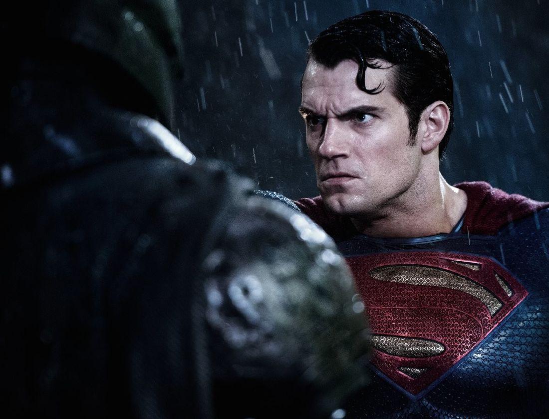 как смотреть фильмы с суперменом