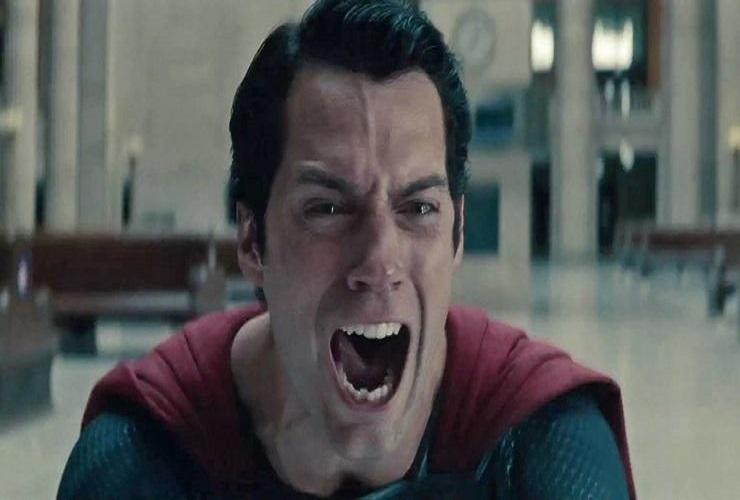 Снайдер вырезал переделанные кадры Супермена