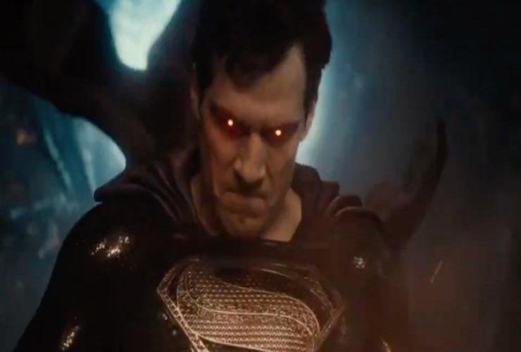Супермен надел черный костюм после воскрешения